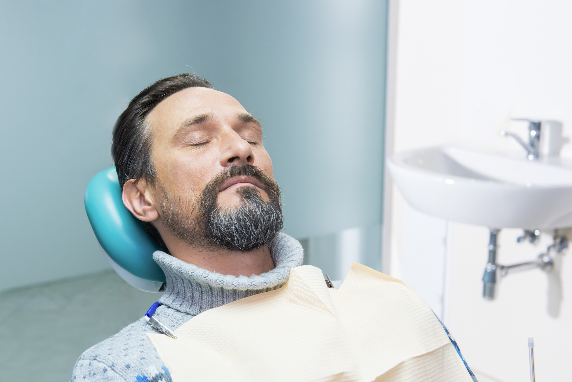 Dentist Kelowna | Dr. Sandy Crocker, Dr. Peter Mitchell | IV Sedation & Oral Surgery | Kelowna Dentist
